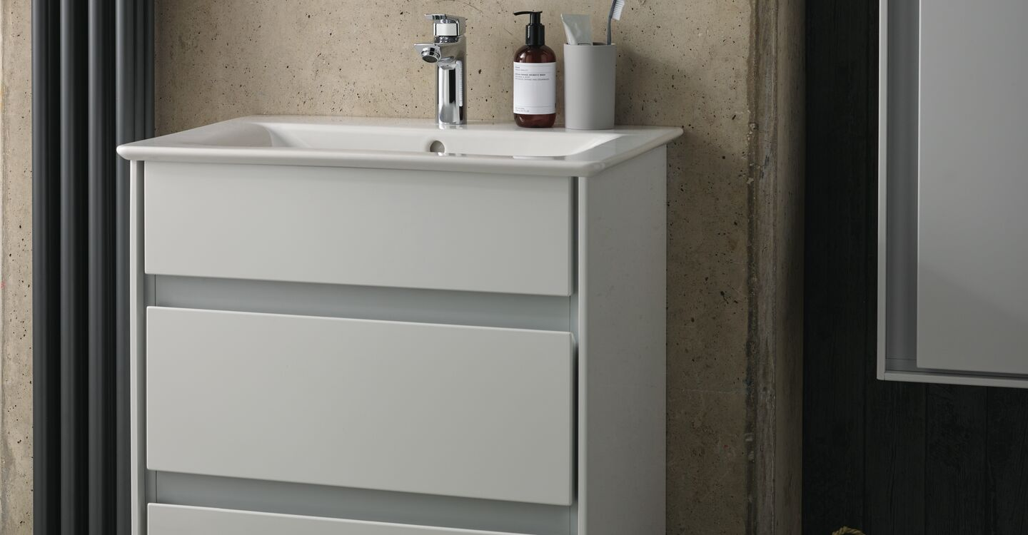 60cm floor standing unit, basin and tap