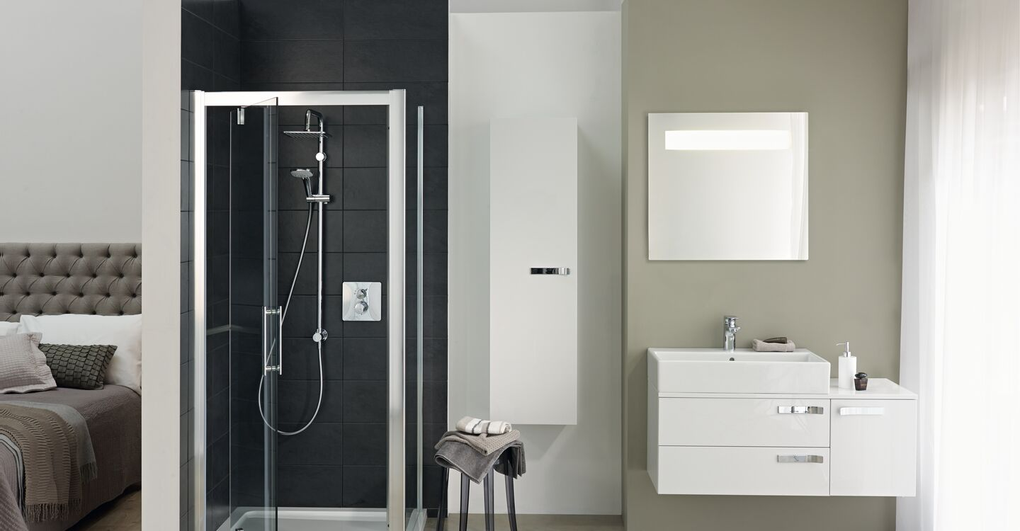 900mm pivot shower door, idealclean clear glass